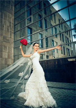 Lancio Bouquet Sposa.Wedding Portale La Sposa Strong Bouquet Strong Lancio Del